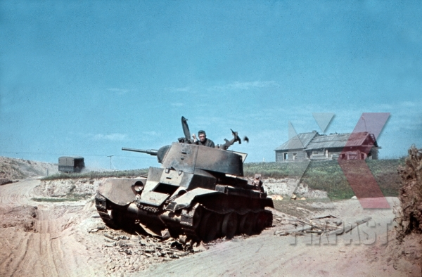stock-photo-captured-russian-bt7-panzer-tank-near-smolensk-summer-1941-19th-panzer-division-12259.jpg