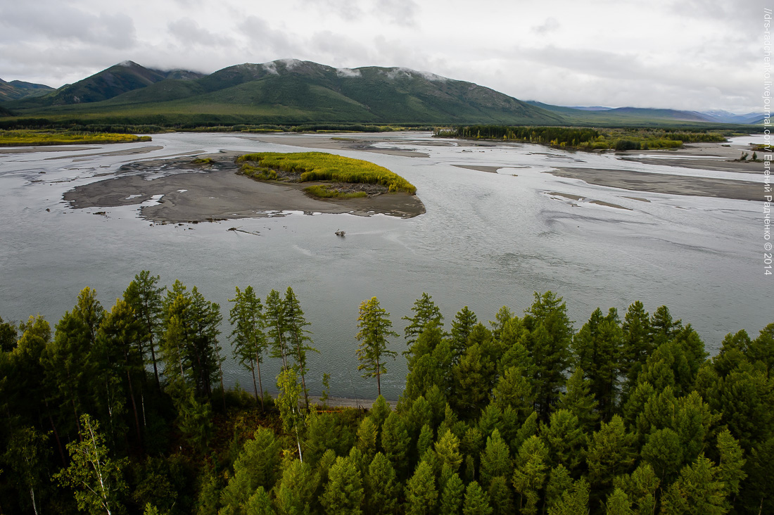 Reka-Kolyma-s-vertoleta-9-foto