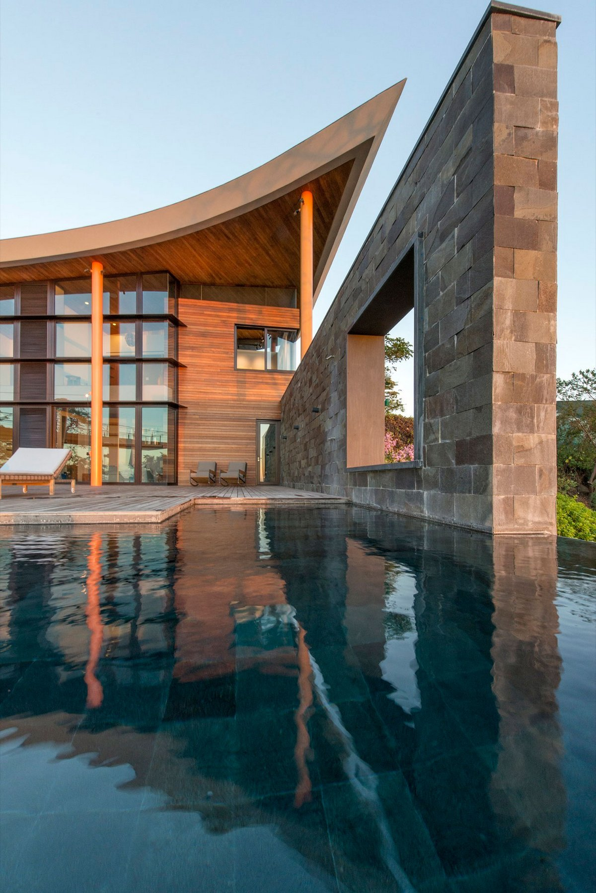 Резиденция в Коста-Рике с бесконечным бассейном