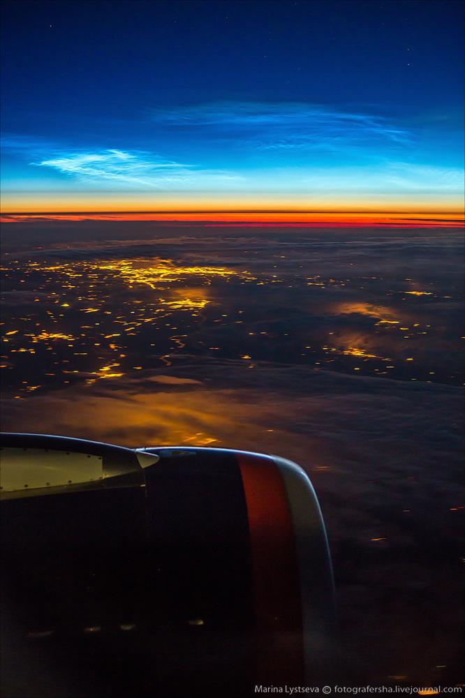 серебристые облака и рассвет над Московской областью