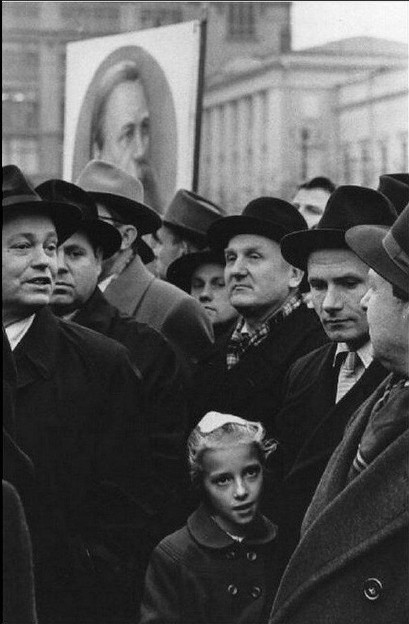 06. Митинг на Красной площади