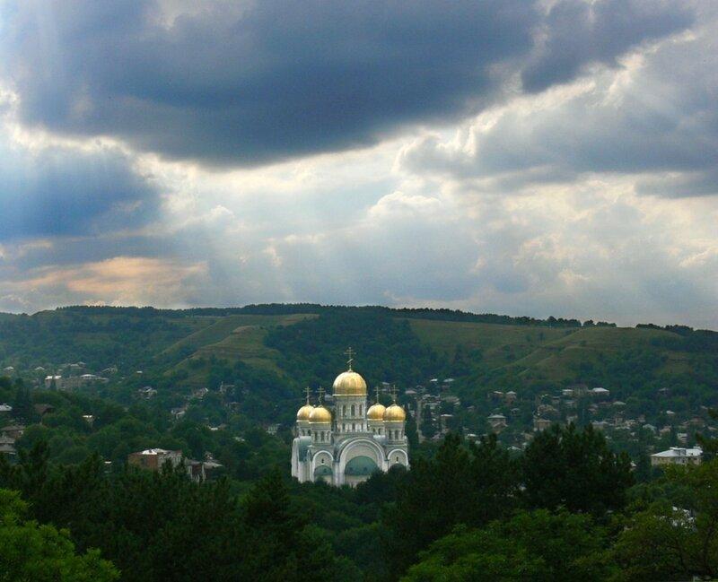 Свято-Никольский кафедральный собор в Кисловодске