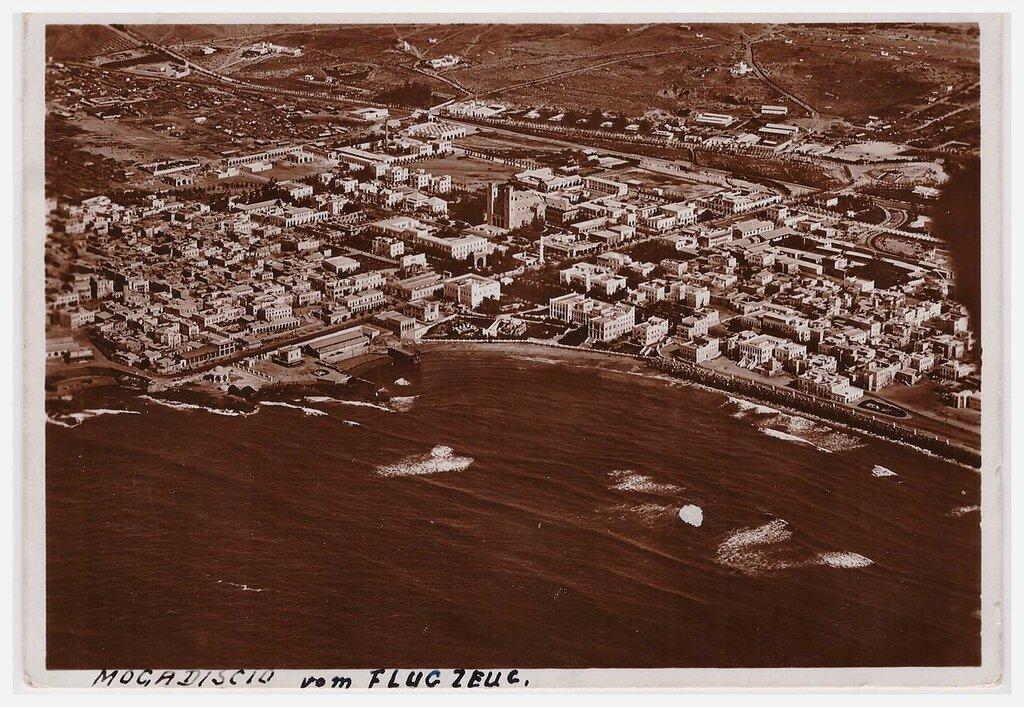 Aerial view of Mogadishu, circa 1938.jpg