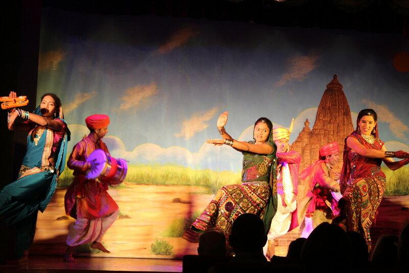 Спектакль-шоу в Кхаджурахо