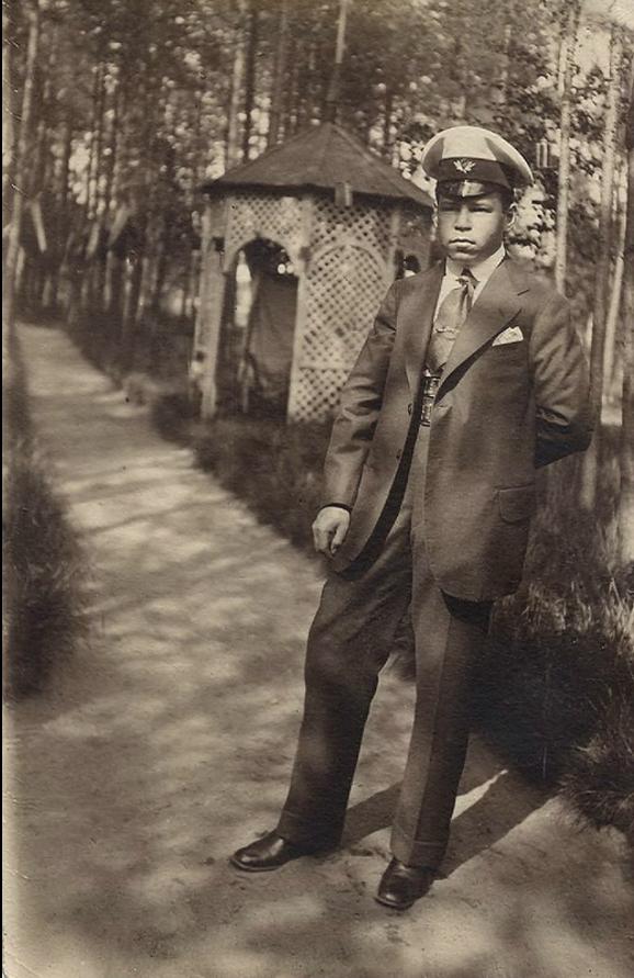 1915. Николай Сергеевич Семенов, сын купца, Териоки
