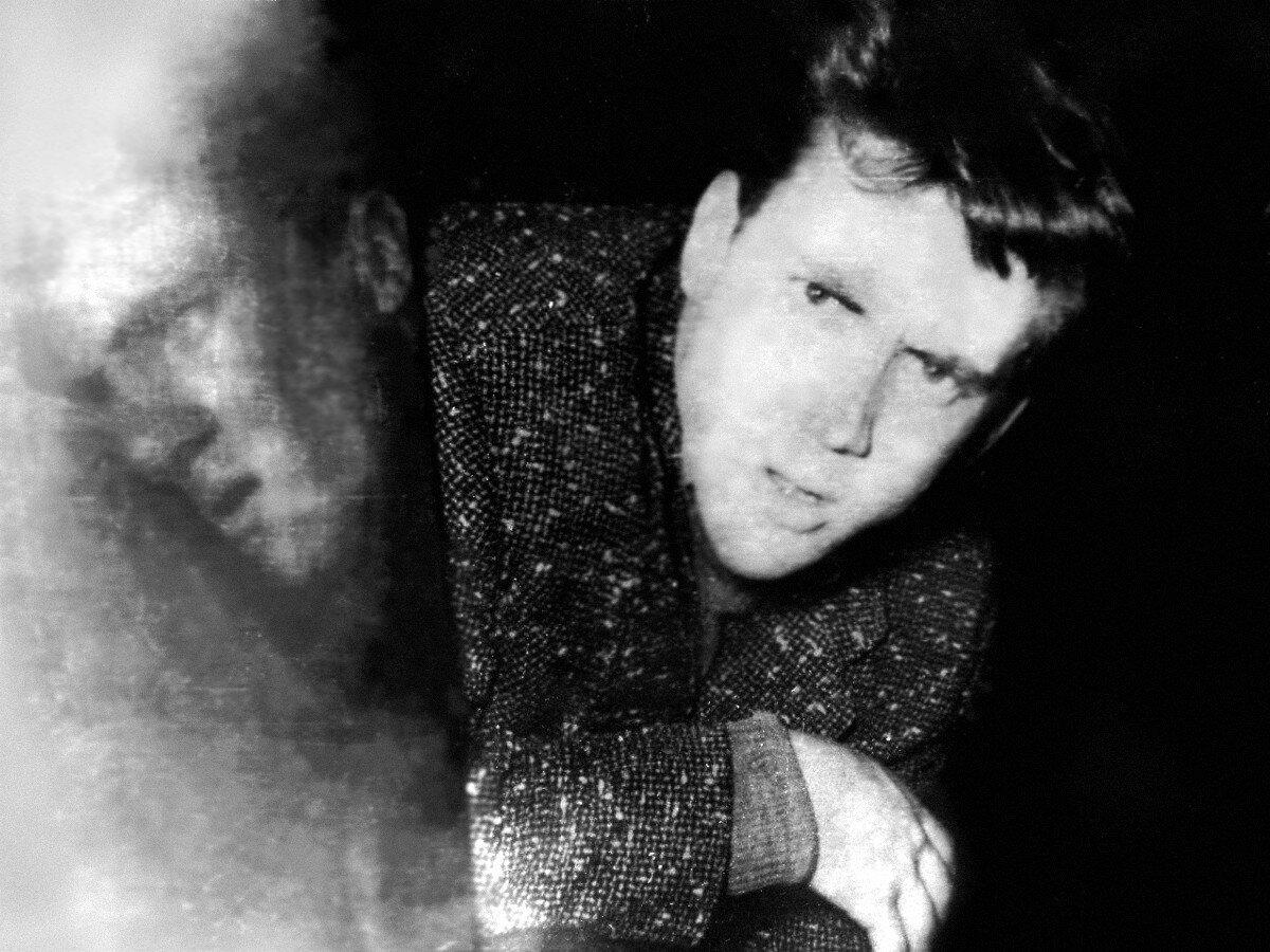 1960. Владимир Высоцкий в курсовом и дипломном спектакле школы-студии МХАТ «История странного человека»