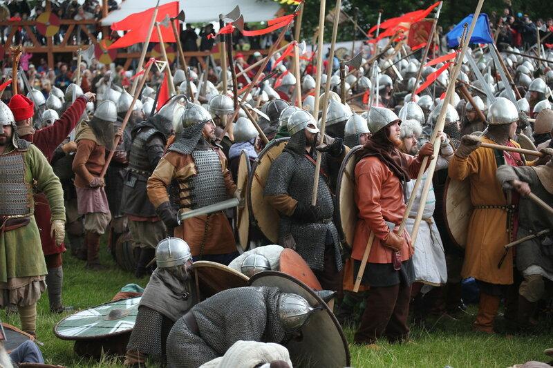 Битва тысячи мечей на фестивале Времена и Эпохи - 2016 в Коломенском