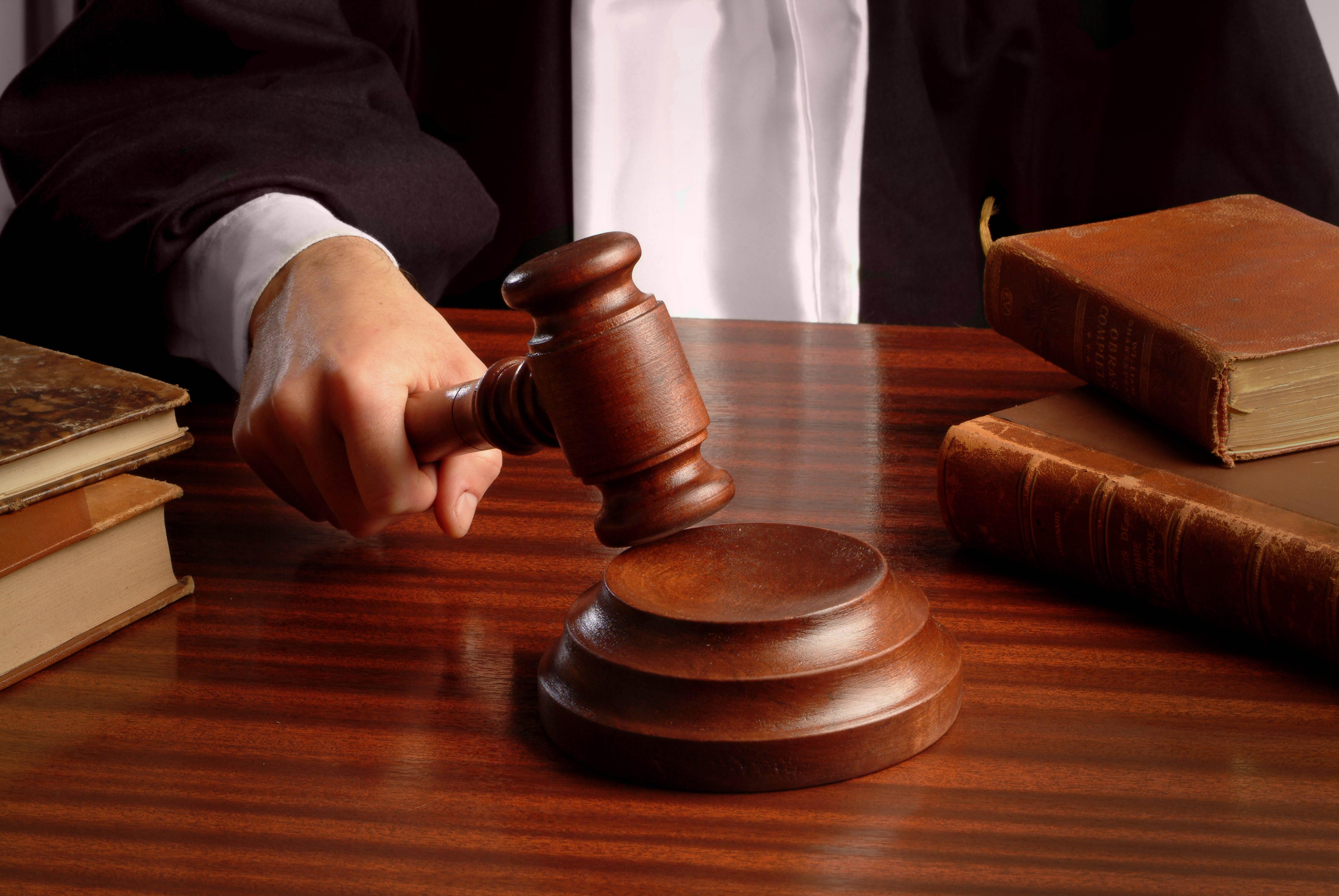 Литва пробует сорвать суд в столице против своего Минюста