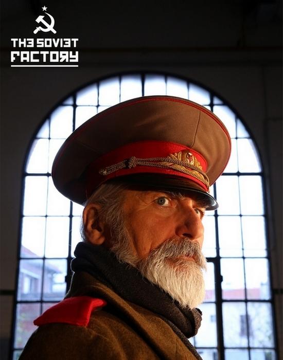 Как проводят вечеринки в стиле СССР в Париже