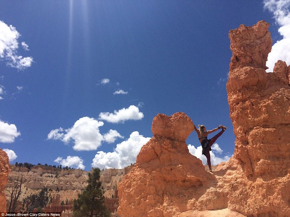 Прелестная инструктор по йоге путешествует по миру и заражает своим стилем жизни других