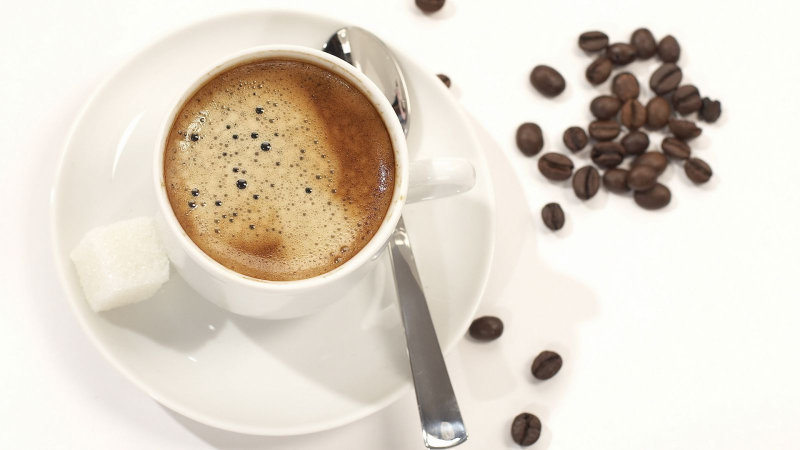 Прекрасный освежающий и тонизирующий напиток. Лучше использовать очищенный и не сильно крепкий кофе