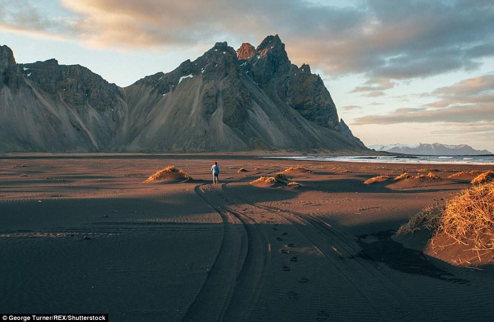 Этого тупика Тёрнер сфотографировал во время своего последнего фото-тура в Исландию.