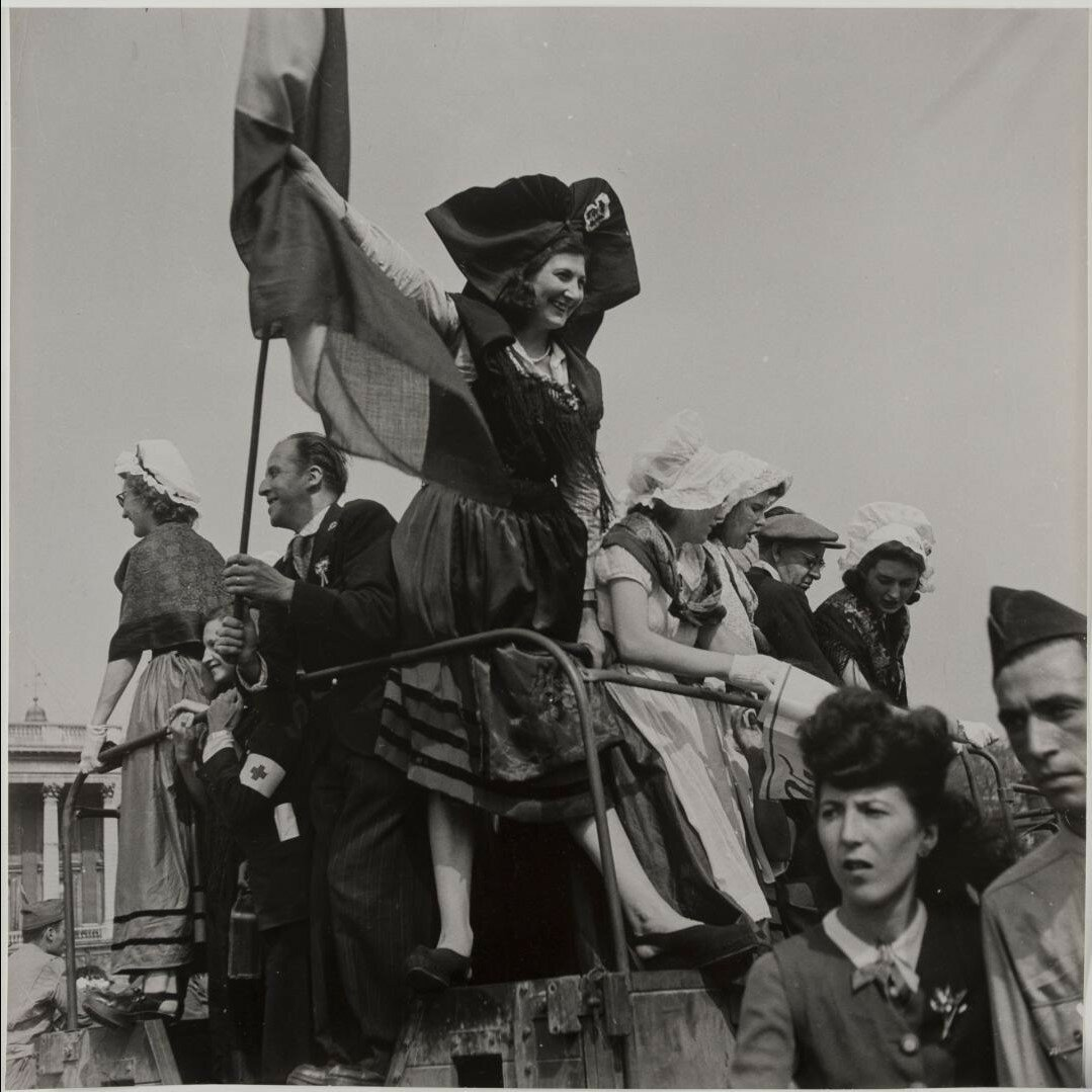 26 августа. Парад на площади Согласия