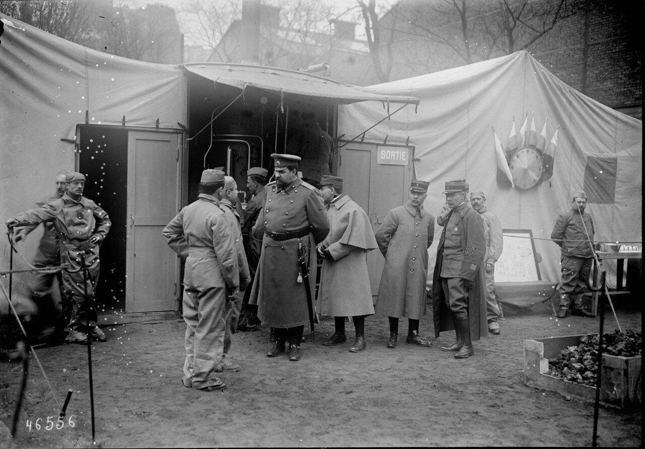 1916. 6 апреля. Полковник Дмитрий Иванович Ознобишин посещает русский лазарет на рю Лурмель