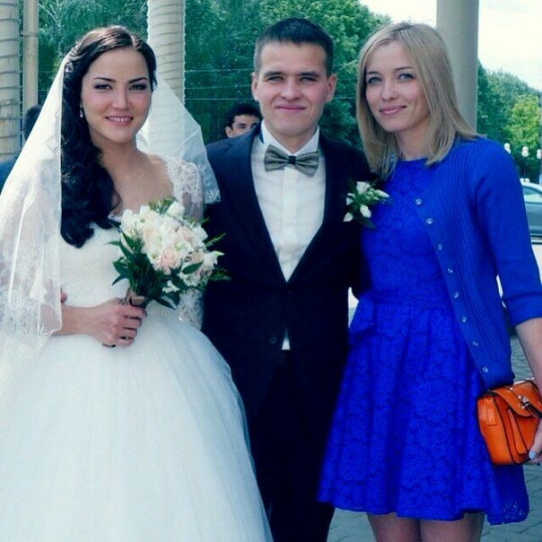 Татьяна Акимова свадьба фото с мужем.jpg
