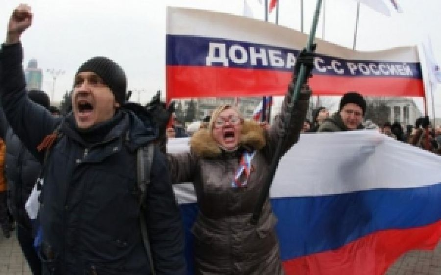 Разведка назвала имена российских кураторов войск террористов