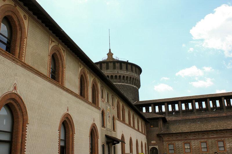 Стена замка Сфорца