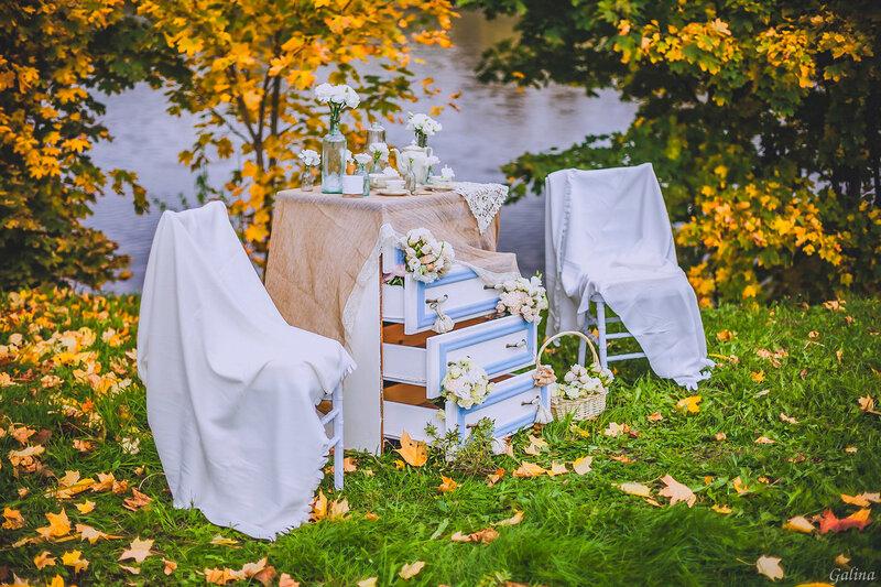 Заглянула осень в парк
