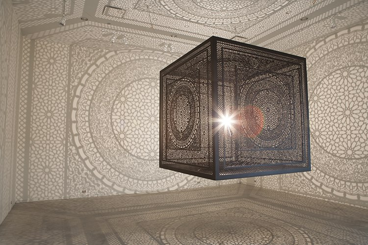 Потрясающая инсталляция от пакистанской художницы (7 фото)