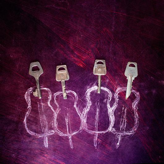 Увидеть необычное и интересное в повседневных вещах! «Ключевые фигуры» Станислава Аристова