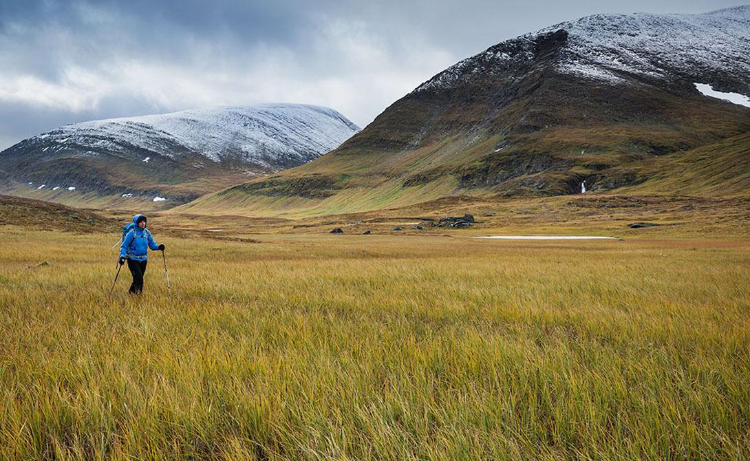 Великолепные пейзажи диких гор, бурлящие ручьи, пенистые реки и высокогорные плато — местные не зря