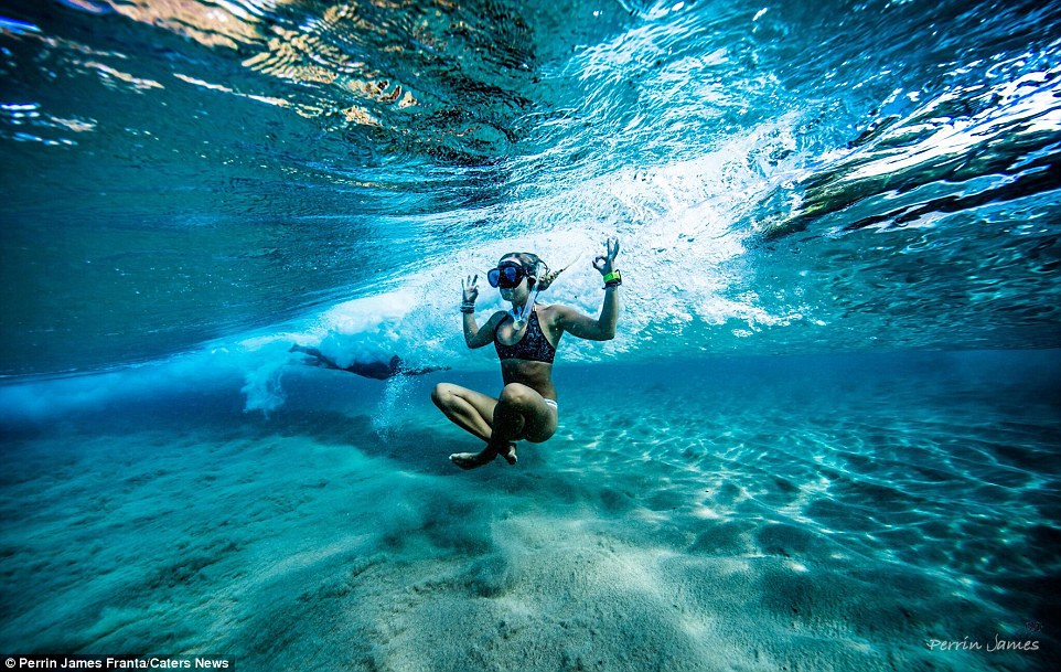 На фото: Пуэрто Вьехо, Коста-Рика. Сейчас Грета путешествует по миру и преподаёт йогу. На её страниц