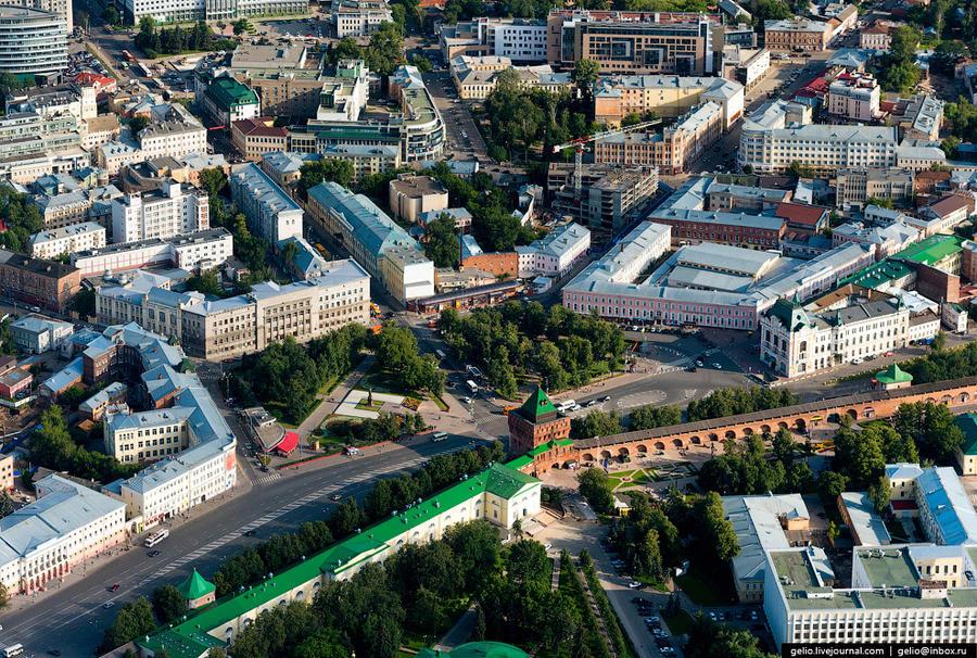 7. Площадь Минина и Пожарского — главная площадь Нижнего Новгорода.
