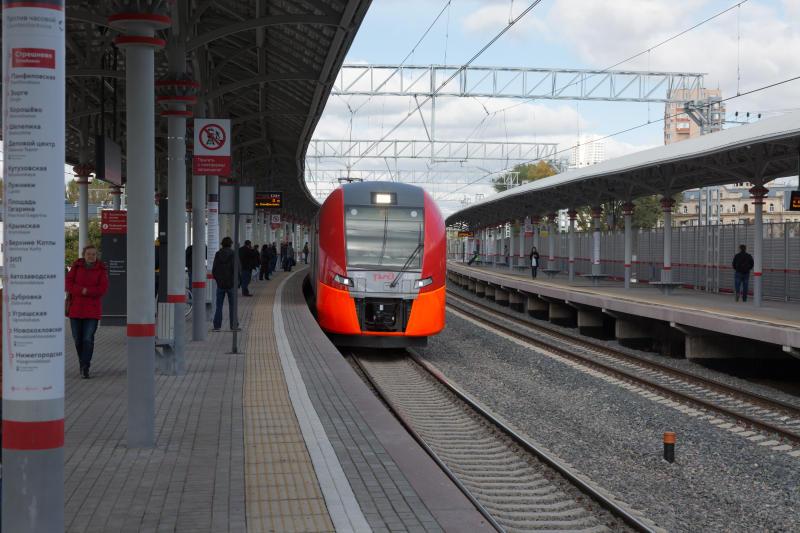 РЖД всередине сентября увеличили транспортировки пассажиров поездами дальнего следования на5,6%