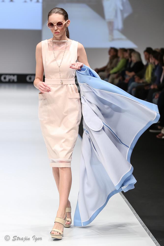 Платья из репса