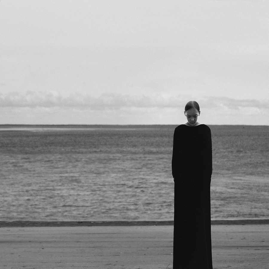 Visual artist  Noell Osvald ( previously ) creates startlingly bold works through simple gestures al