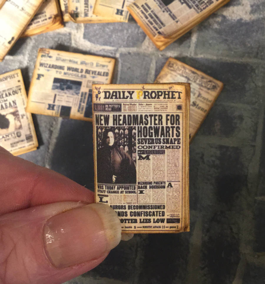 Miniature Books and Newspapers From Harry Potter Adventures