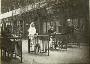 1914. Северный вокзал. Красный Крест собирает пожертвования