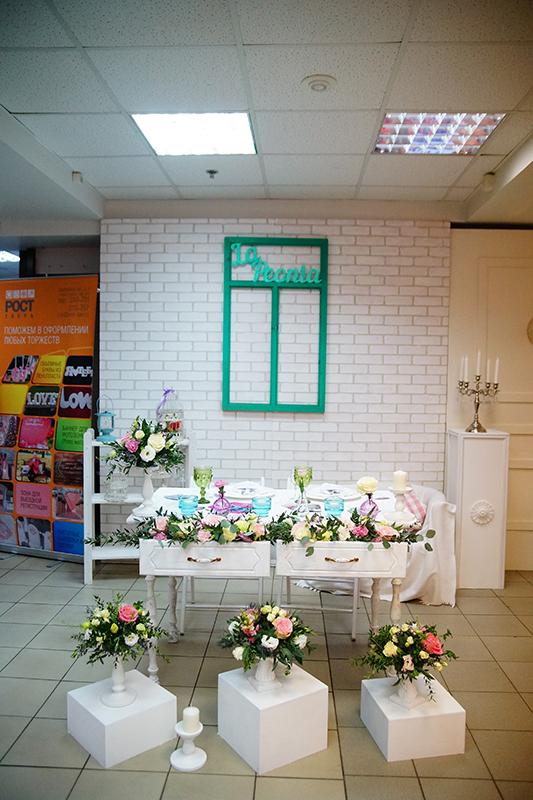 Какой должна быть идеальная свадьба: в Твери открылась самая романтическая выставка / фоторепортаж
