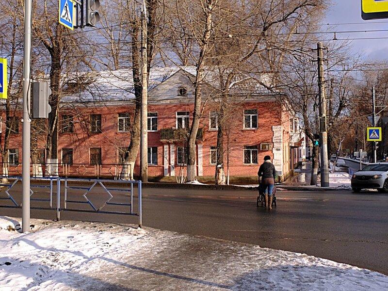 Арка, Елки Кирова и металл 008.JPG