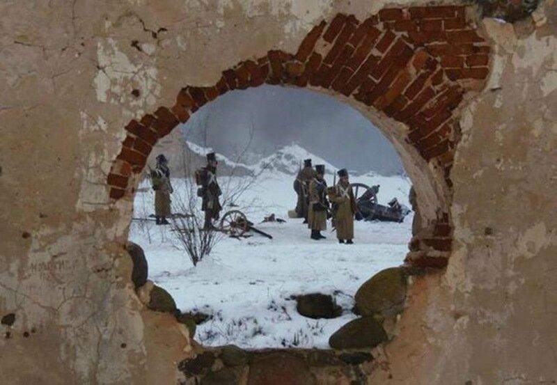 Съемки британского фильма «Война и мир» среди руин Павловской республики