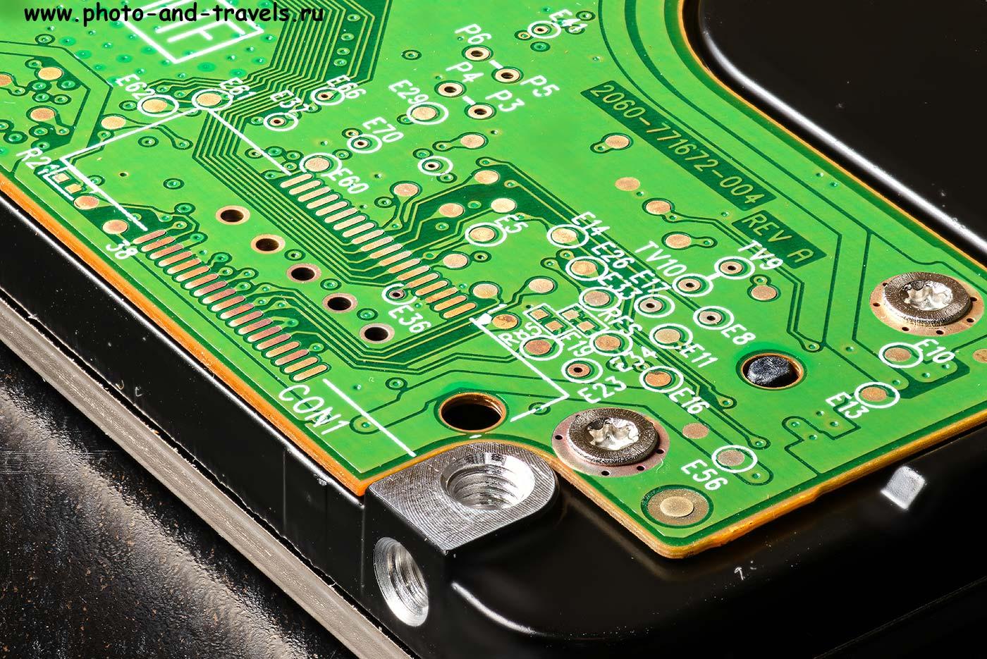 18. Микросхема неработающего HDD ноутбука в макро.Примеры фото с объектива Tamron 90/2,8.