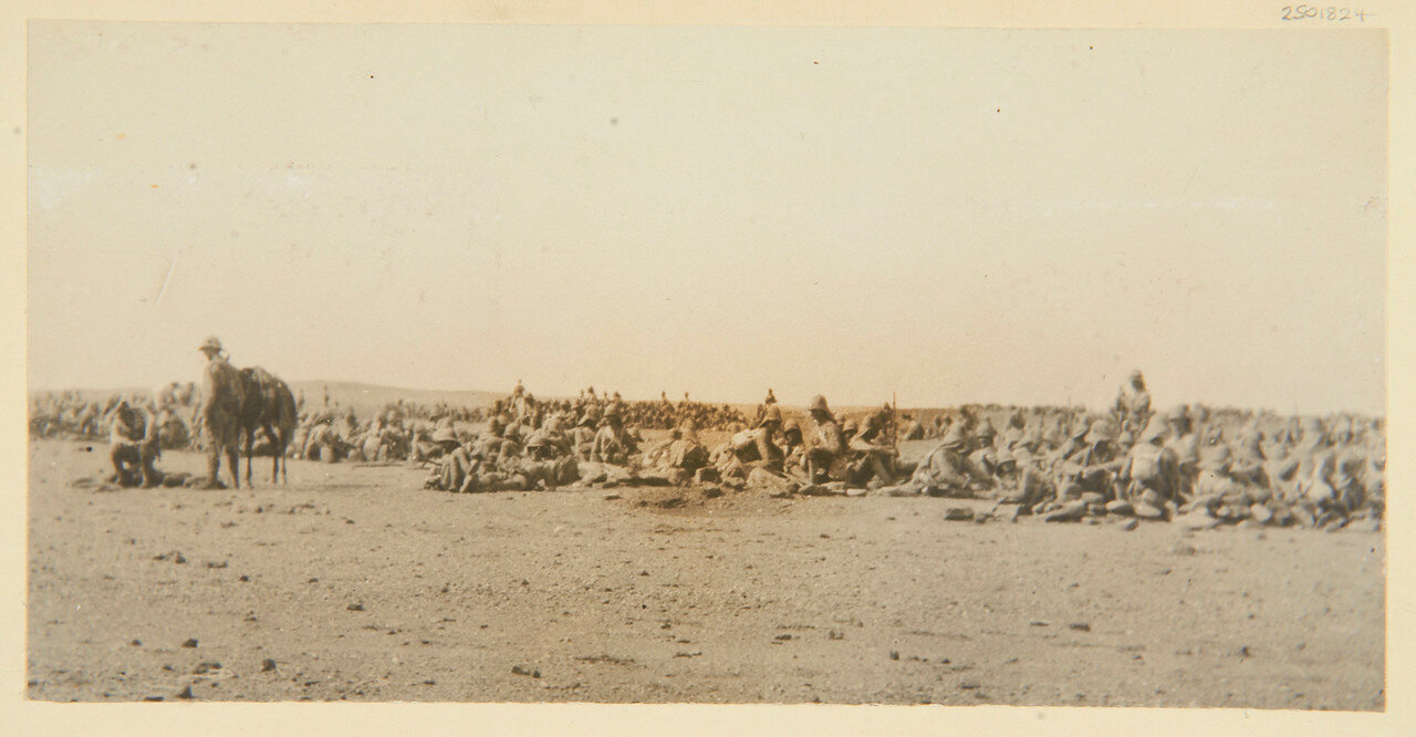1 сентября, 3 часа дня. 1-й батальон Гренадерского Гвардейского полка в ожидании  нападения дервишей