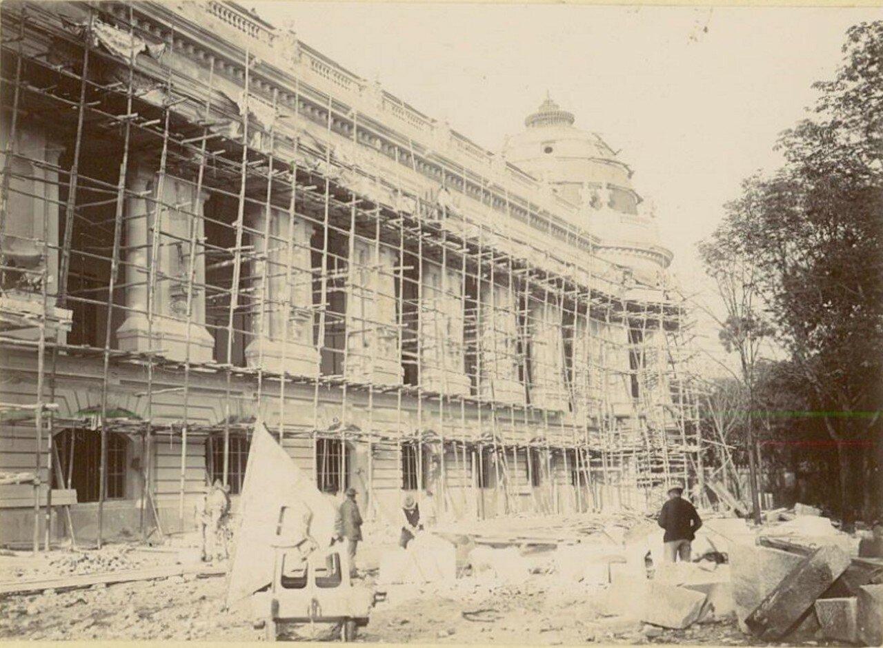 Строительство Большого Дворца изящных искусств (вид со стороны Сены)