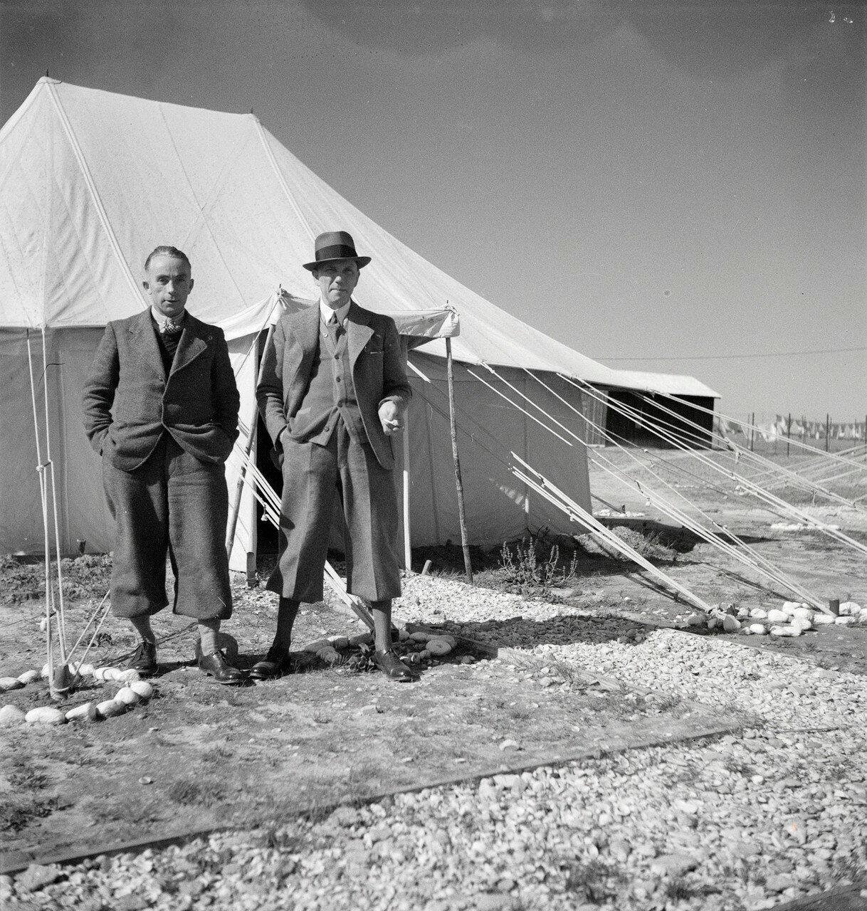 Экспедиция доктора Фогеля и Вальтера Миттельхольцера в Газе