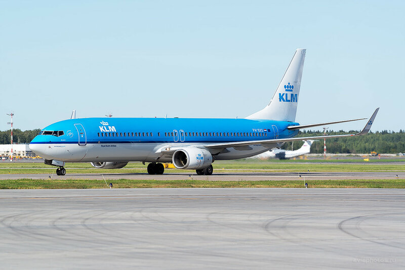 Boeing 737-9K2 (PH-BXS) KLM - Royal Dutch Airlines D800732