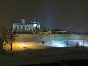 Новгородский Кремль вечером - Новый год в Великом Новгороде