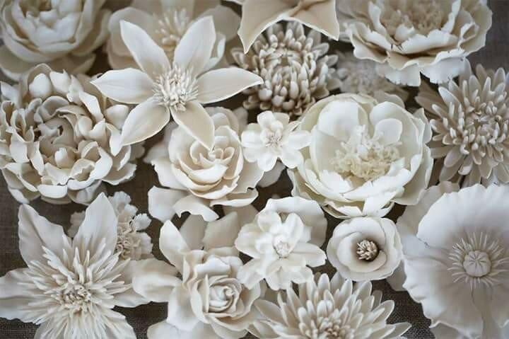Цветы из фарфора   невероятные скульптуры!