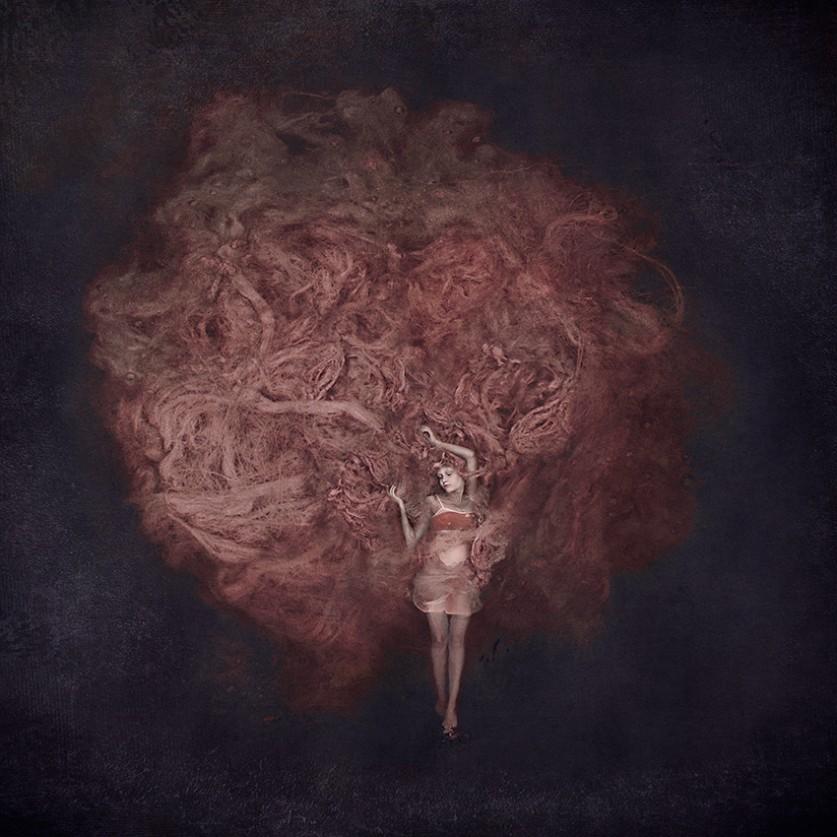 Упиваясь не прожитыми воспоминаниями… Концептуальные автопортреты Килли Спарре (Kylli Sparre)