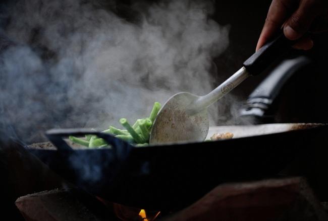 Для приготовления хорошего соте неследует пренебрегать советом как следует разогреть сковороду нао