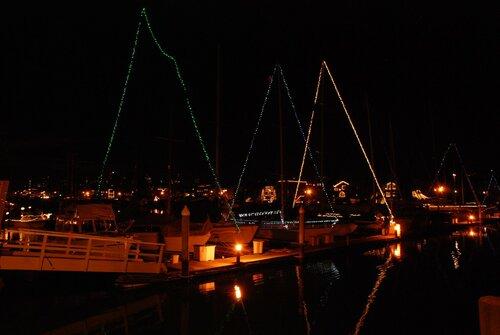 Яхты с простенькой подсветкой