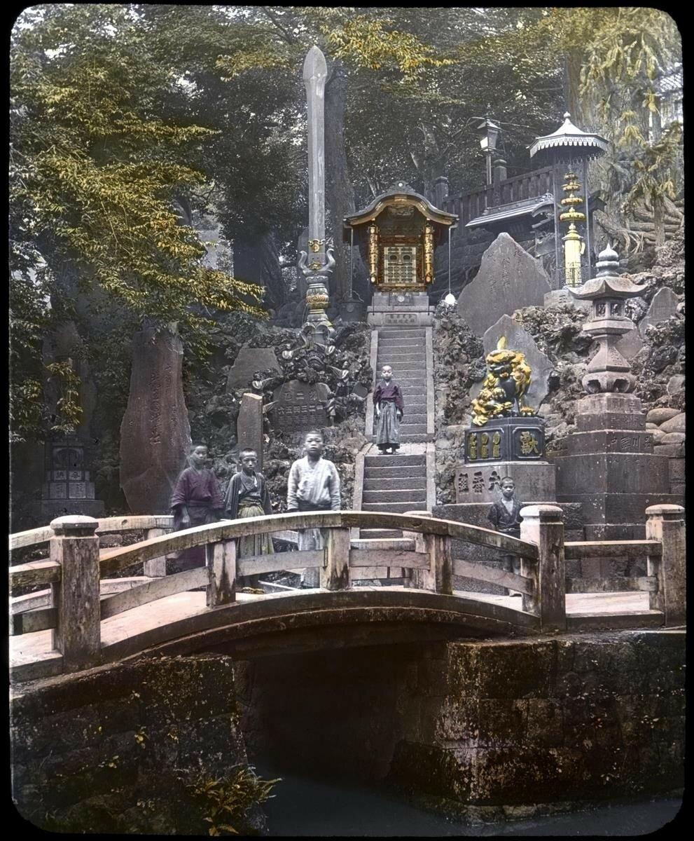 Нарита. Храмовый мост