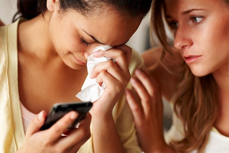 Проверять или нет телефон супруга/супруги?
