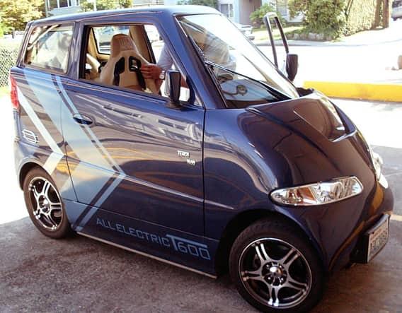 Elva MK VI Это вычурное авто удерживается в классе микроавтомобилей лишь благодаря своей низкой поса