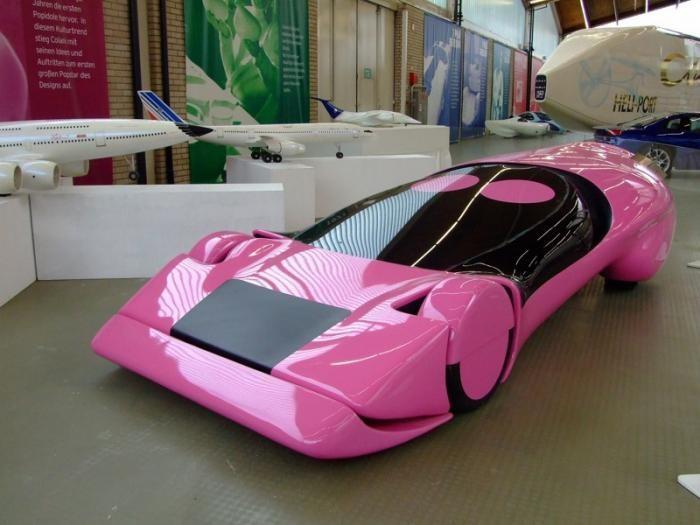 Colani New RS 91978) Пластиковый футуристический спорткар, с коэффициентом лобового сопротивления 0,