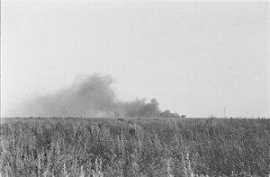 После боевых действий. Облако дыма на горизонте